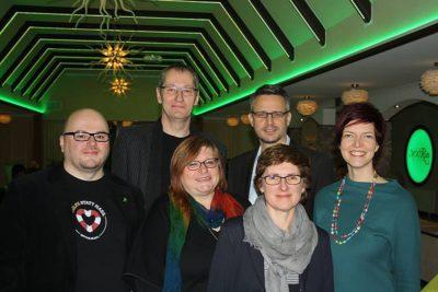 Unten v.l.n.r.: Maik Babenhauserheide, Imgard Pehle, Britta Haßelmann, Wibke Brems, oben: Herbert Even, Andreas Hettich