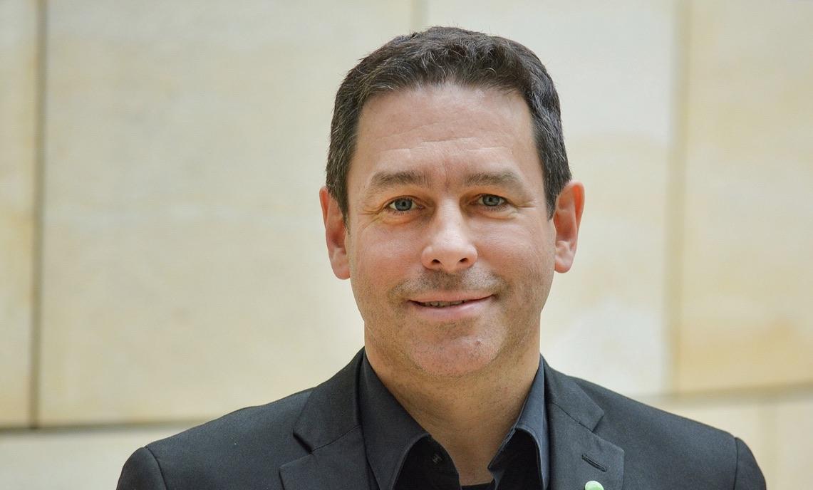 Arndt Klocke, Vorsitzender der GRÜNEN Landtagsfraktion, am 23.08.20 in Herford/Radfahrt zu den aktuellen Brennpunkten der Herforder Verkehrspolitik